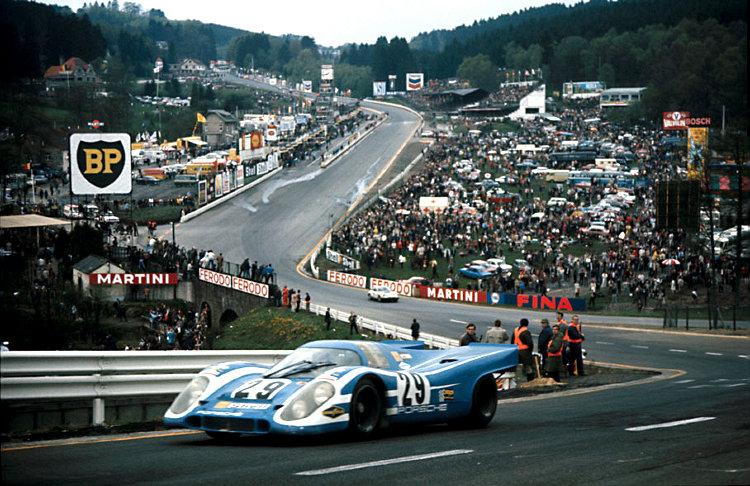 Brilliant Its A Mans Mans Mans World